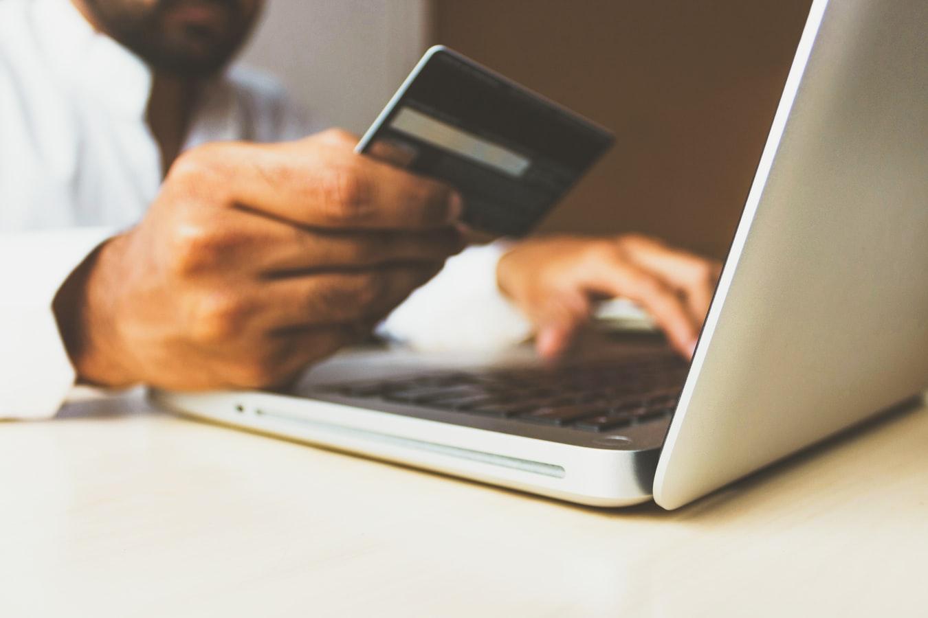Normativa PSD2: cosa significa e cosa comporta per il tuo E-Commerce Magento